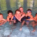 Kinder-Schwimmen Anfängergruppe mit Schwimmtrainer