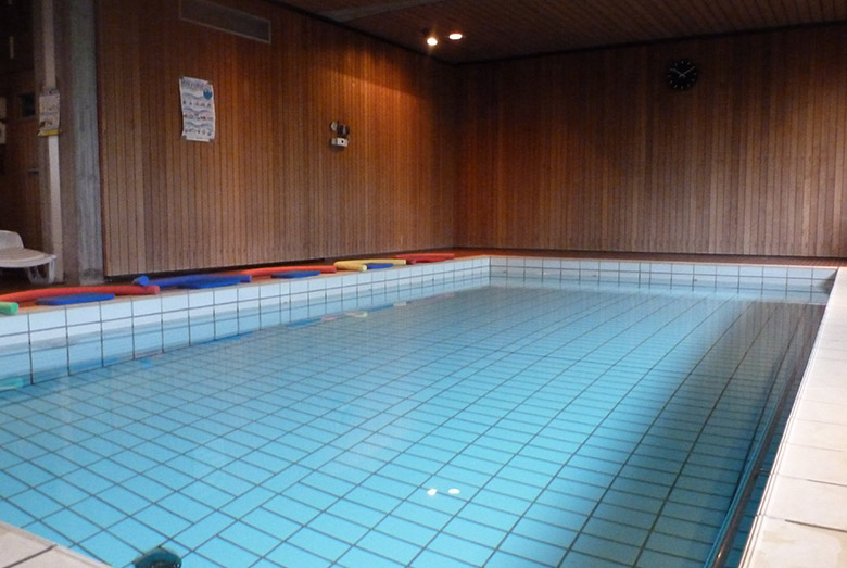 Schwimmhalle in Karlsruhe
